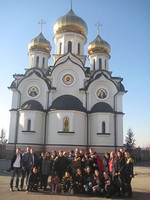 поклоници у манастиру Св. Петка