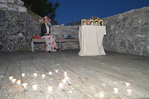 Драгана Мискин на малој сцени тврђаве у Никшићу